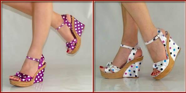 puantiyeli dolgu topuk ayakkabı