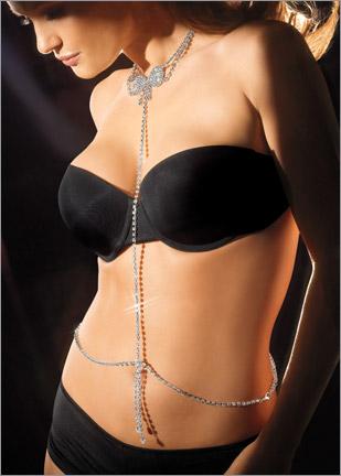 2012 farkli kolyeli abiye zincir kemer1 Abiye Kıyafetler İçin Farklı Takı Tasarımları 11