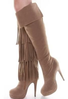 2012 puskullu suet cizme modelleri Yeni Tend Topuklu Bayan Çizme Modelleri 11