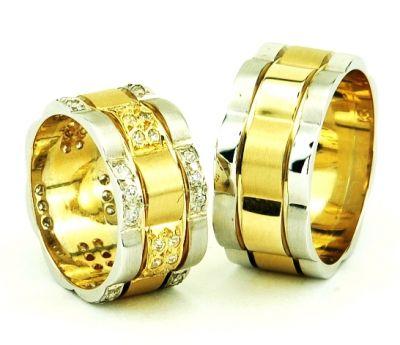 bombeli modern sik altin alyans cesitleri Evliliği Simgeleyen Kalın Altın Alyans Örnekleri 6