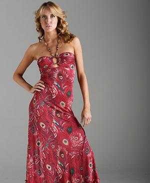 boyundan baglamali uzun elbise ornekleri En Güzel Maxi Elbise Modelleri 6