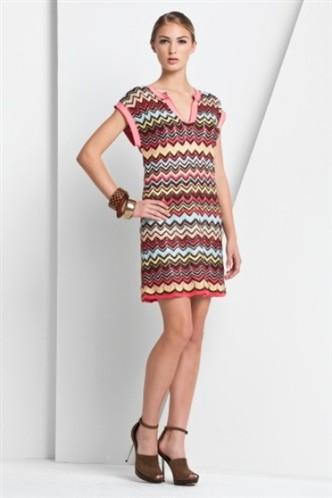 desenli V yaka kisa kollu elbise ornekleri 2012 En Güzel Yazlık Elbiseler 8