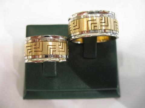 el yapimi simetrik desenli altin alyans modelleri Evliliği Simgeleyen Kalın Altın Alyans Örnekleri 7