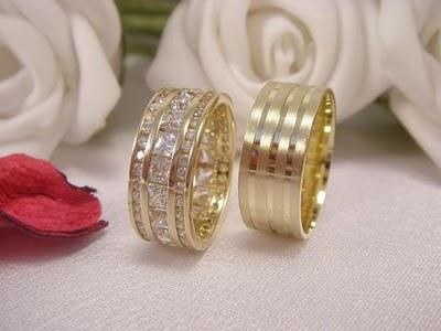 en guzel tasli ve sade altin alyans onekleri Evliliği Simgeleyen Kalın Altın Alyans Örnekleri 9