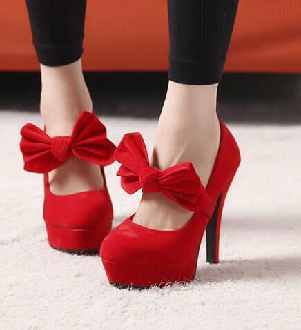 fiyonklu kirmizi topuklu ayakkabi modelleri En son Moda Platform Topuklu Ayakkabılar 23