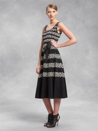 izgili kolsuz diz alti elbise modelleri 2012 En Güzel Yazlık Elbiseler 4
