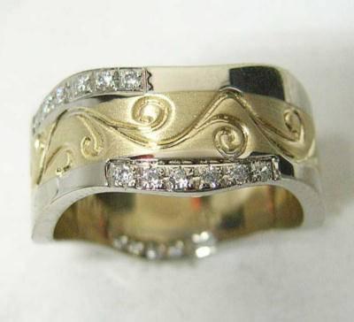 kendinden desenli beyaz tasli altin alyans ornekleri Evliliği Simgeleyen Kalın Altın Alyans Örnekleri 21