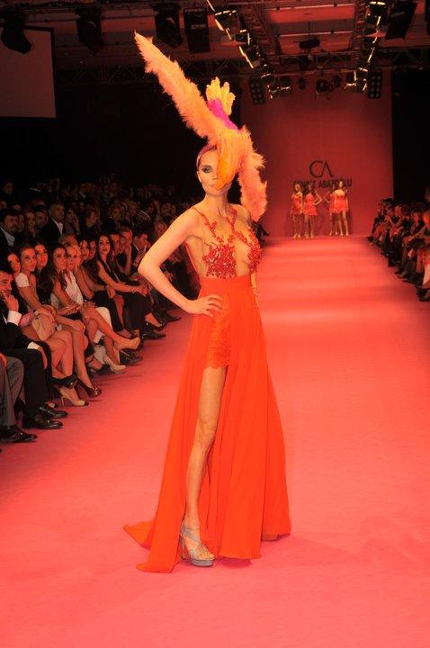 kirmizi fantazi abiye elbise modelleri Yeni Sezon Cengiz Abazoğlu Abiye Elbise Koleksiyonu 29