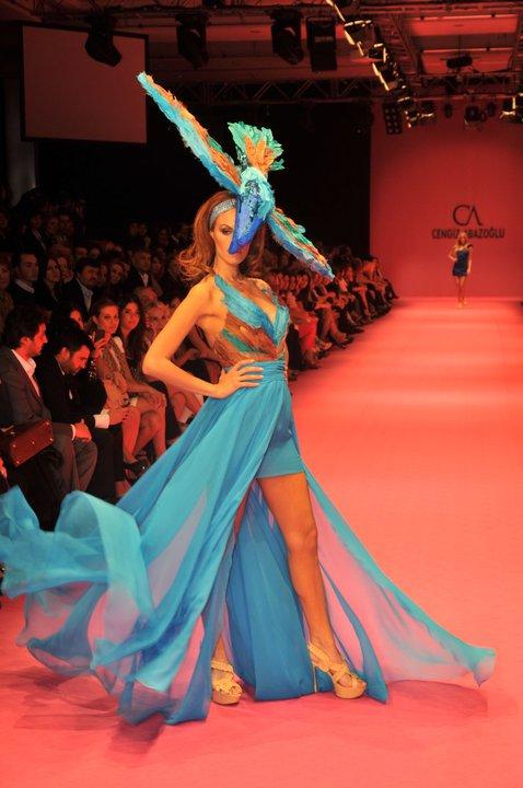 kuyruklu mavi abiye elbise cesitleri Yeni Sezon Cengiz Abazoğlu Abiye Elbise Koleksiyonu 30