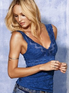 mavi derin V yaka askili yazlik tisort modelleri Yeni Sezon Trend T-shirt Modelleri 11