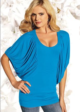 mavi yarasa kol cok guzel bayan tisort ornekleri Yeni Sezon Trend T-shirt Modelleri 13