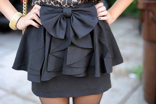 moden siyah fiyonklu etek ornegi Rengarenk Model Model Mini Yazlık Etekler 12