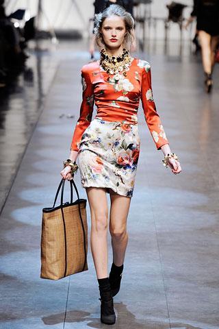 modern super mini uzun kollu elbise ornekleri 2012 En Güzel Yazlık Elbiseler 12