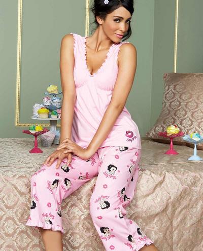 penye pembe bebek desenli pijama takimlari En Güzel Bayan Penye Pijama Takımları 22