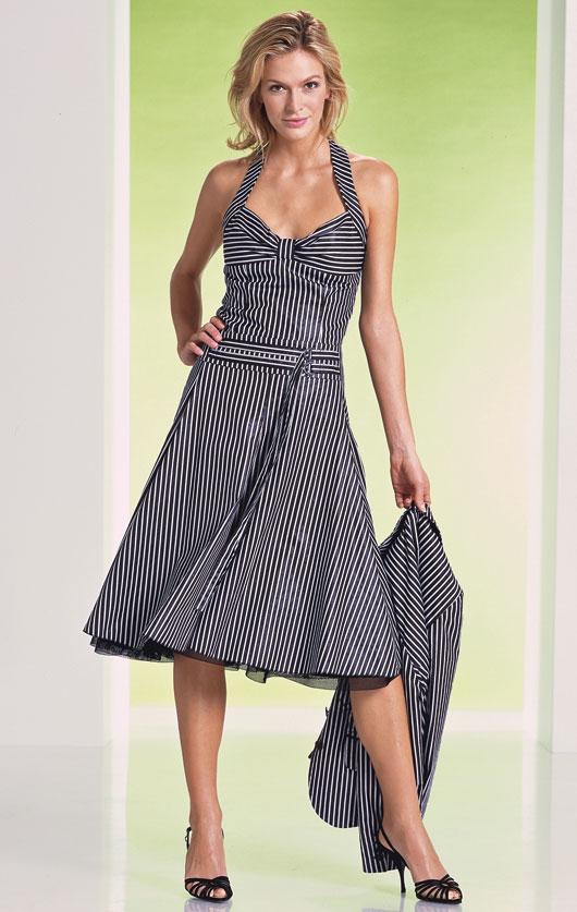 siyah beyaz boydan cizgili askili elbise resimleri Desen Desen En Şık Yazlık Bayan Elbise Modelleri 22