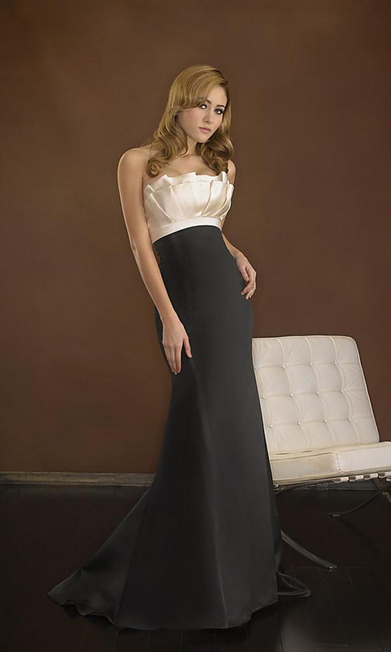 siyah saten uzun gece elbise modelleri Yeni Trend Siyah Gece Elbiseleri 7