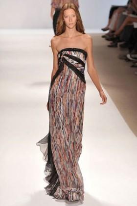 straplez maxi yazlik elbise modelleri En Güzel Maxi Elbise Modelleri 20