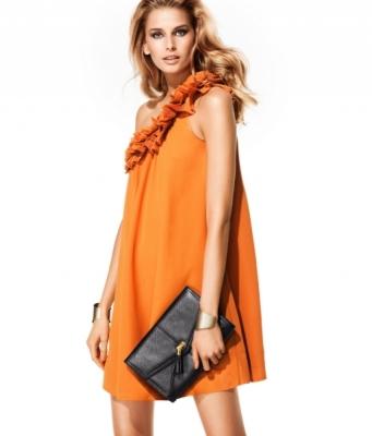 turuncu tek omuz firfirli diz ustu elbise modelleri Desen Desen En Şık Yazlık Bayan Elbise Modelleri 24