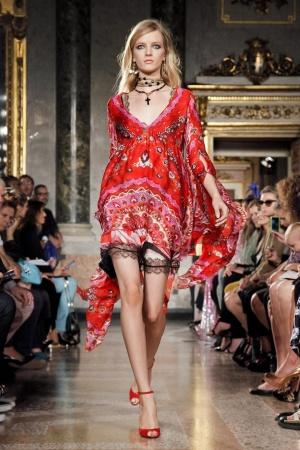 yeni trend farkli desenli elbise modelleri İlkbahar Koleksiyonu ile Işıl Işıl Kombinler 20