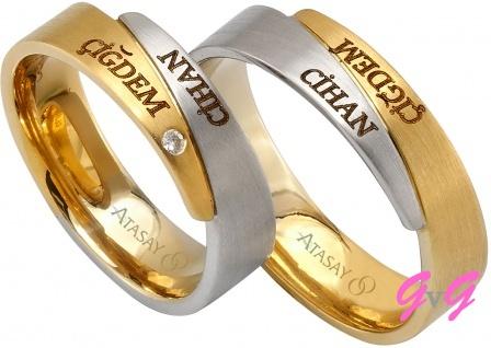 zeri isim yazili atasay alyans ornekleri Evliliği Simgeleyen Kalın Altın Alyans Örnekleri 2