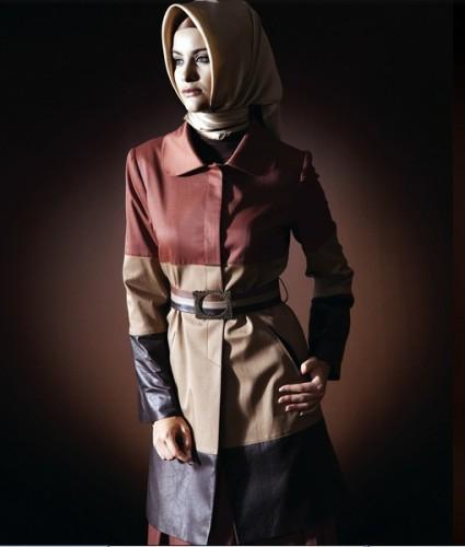 2012 uc renkli bayan manto ornekleri En Güzel Tesettür Giyim Modelleri 3