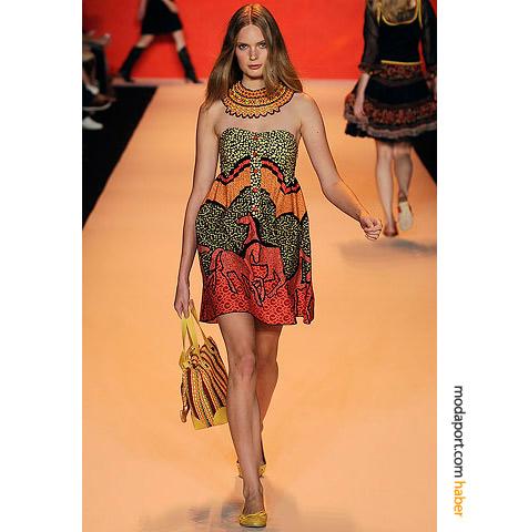 2012 yazlik straplez mini elbise modelleri Yazlık Trend Straplez Elbise Modelleri 17