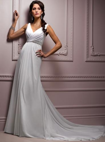 beyaz kolsuz V yaka uzun sifon elbise modelleri Yeni Sezon Yazlık Şifon Elbise Modelleri 15