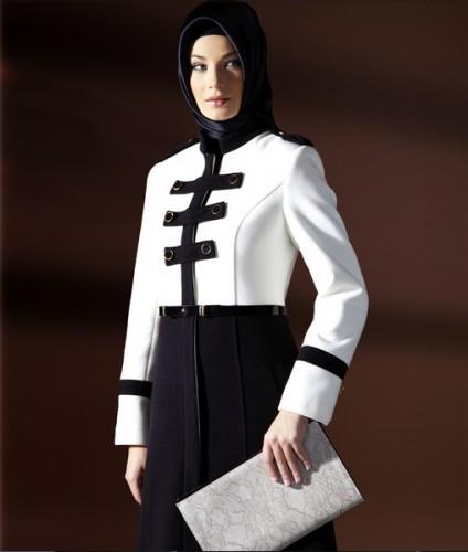 beyaz siyan bayan manto modelleri En Güzel Tesettür Giyim Modelleri 7