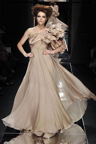 degisik farkli askili uzun sifon elbise modelleri Yeni Sezon Yazlık Şifon Elbise Modelleri 18