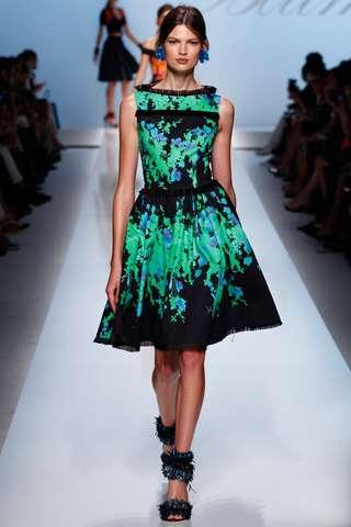 dolce gabbana siyah yesil elbise ornekleri Yeni Sezon Dolce Gabbana Kreasyonu 13