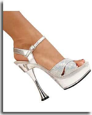 farkli ilginc sandalet gelin ayakkabisi modelleri En Güzel Modern Gelin Ayakkabıları 8