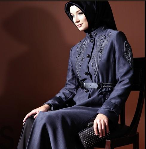 kot gorunumlu islemeli 2012 pardesu modelleri En Güzel Tesettür Giyim Modelleri 16