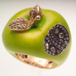 yesil elma modelli farkli yuzuk ornegi İlginç Farklı Değişik Yüzük Modelleri 20