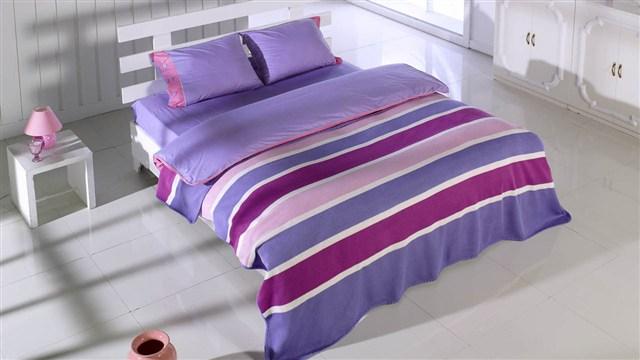 en guzel cizgili yatak seti modelleri Yeni Sezon İstikbal Yatak Seti Modelleri 16