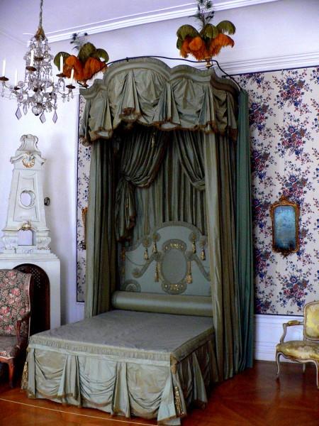 klasik cibinlikli yatak odasi ornekleri Yeni Sezon Lüx Yatak Odası Takımı Modelleri 23
