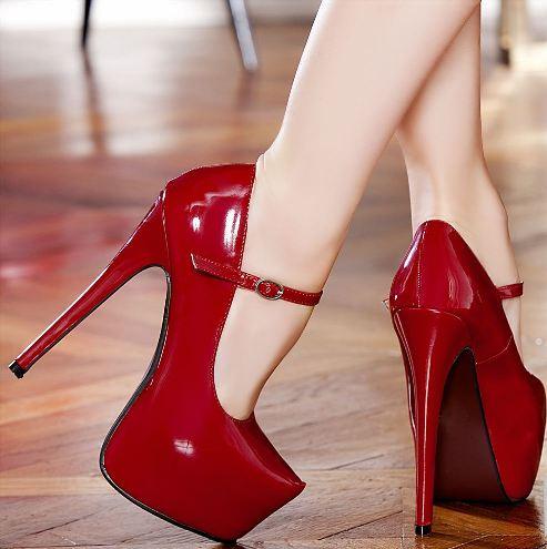 bilekten baglamali kirmizi yuksek topuklu ayakkabilar Renkli Platform Topuklu Ayakkabı Modelleri 2