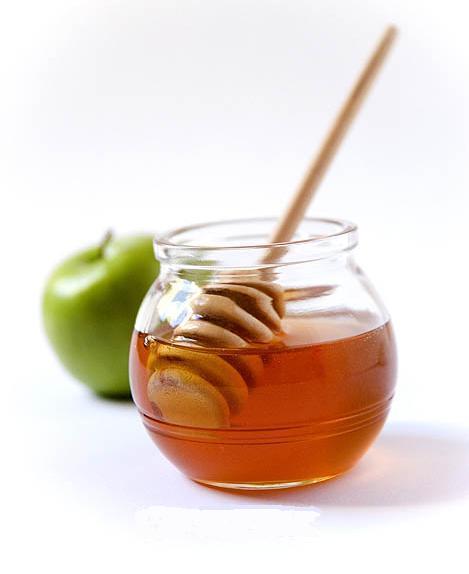 akne için bal ve elma maskesi2