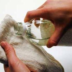 sirke ile su1 1 Mutfak ve Temizlik İçin Pratik Bilgiler 5