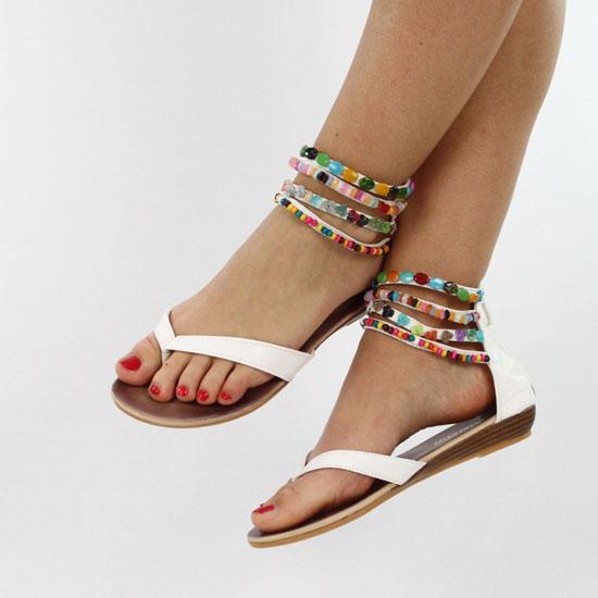 boncuklu cok sik sandalet1 Yaz Sezonu Sandalet Modelleri 12