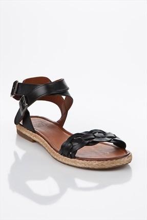 siyah sandalet1 Yaz Sezonu Sandalet Modelleri 24