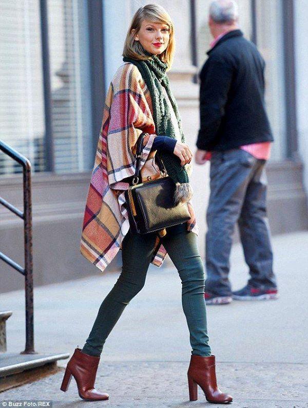 Pelerin kot pantolon kombini Çok Şık Kışlık Kombinler 26