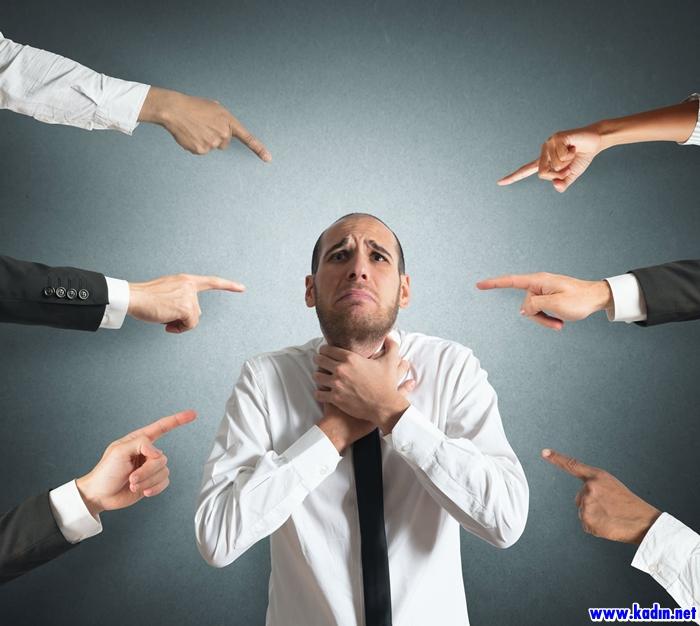 Sosyal Fobi Nedir, Nasıl Belirti Verir