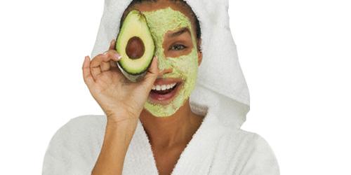 avokado maskesi2 Kuru Cilt İçin Kayısı Bakım Maskesi 10