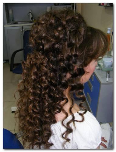 düğün saç modeli, kuaförde yapılan bukleler