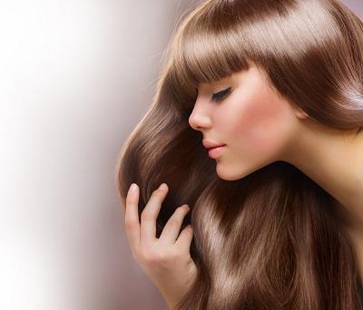 Röfleden yıpranmış saçlar için saç bakımı
