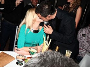 Serdar Ortaç'ın Aşk Öpücüğü