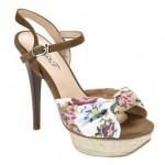 en güzel topuklu flo sandalet modelleri