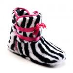 kurdelalı zebra desenli şık ev botları