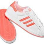 pembe beyaz adidas bayan spor ayakkabısı